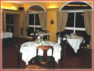 Rennes le chateau l 39 hostellerie de rennes les bains hotel restaurant - Cafe des bains rennes ...